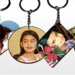 Llaveros personalizados para regalar en comuniones y bodas